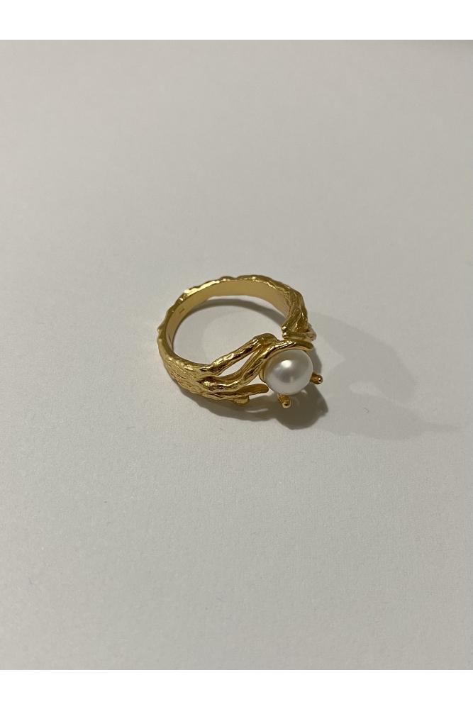 Branch Pearl Ring
