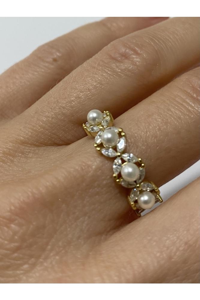 Pearl Zirconia Ring